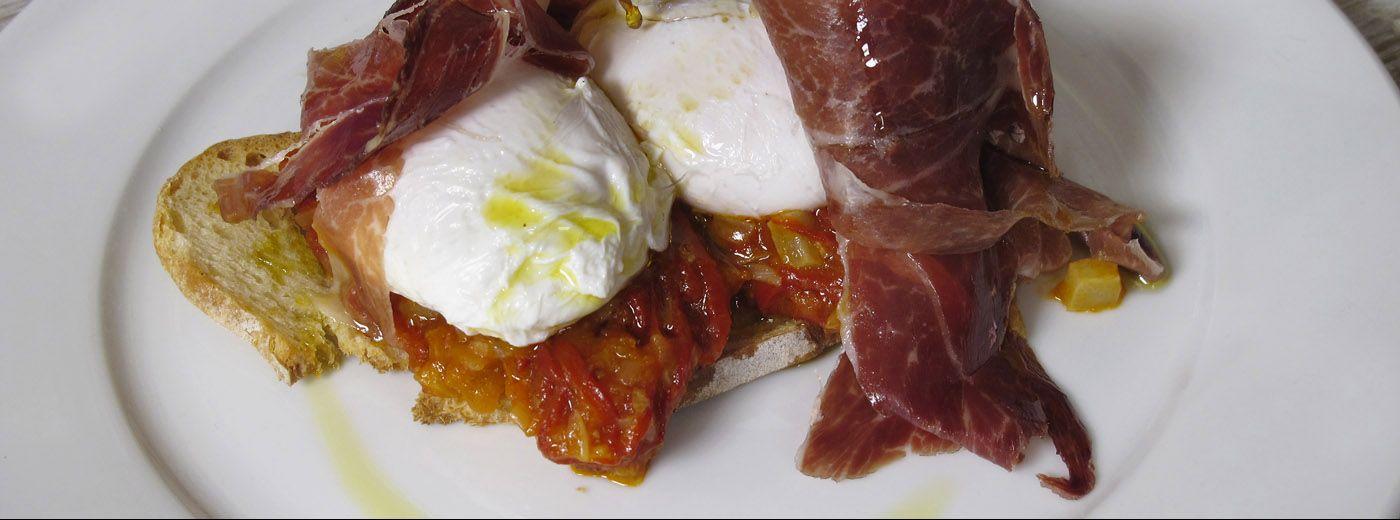 Eggs with fritada and Capa Negra acorn-fed iberian ham